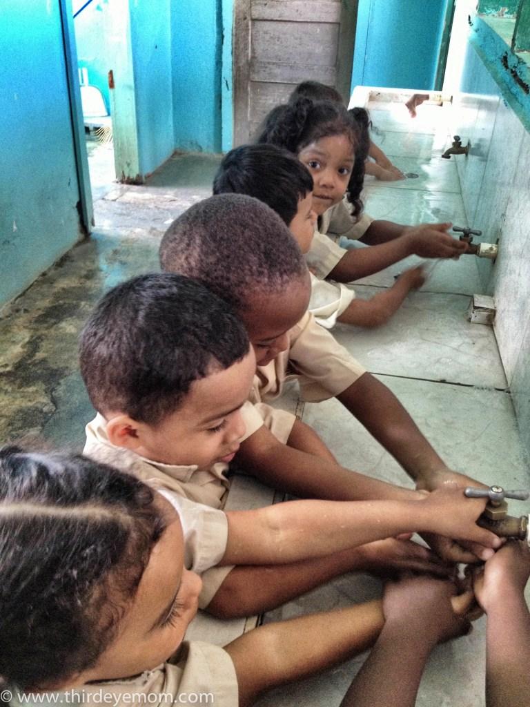 Children of La Ceiba Honduras