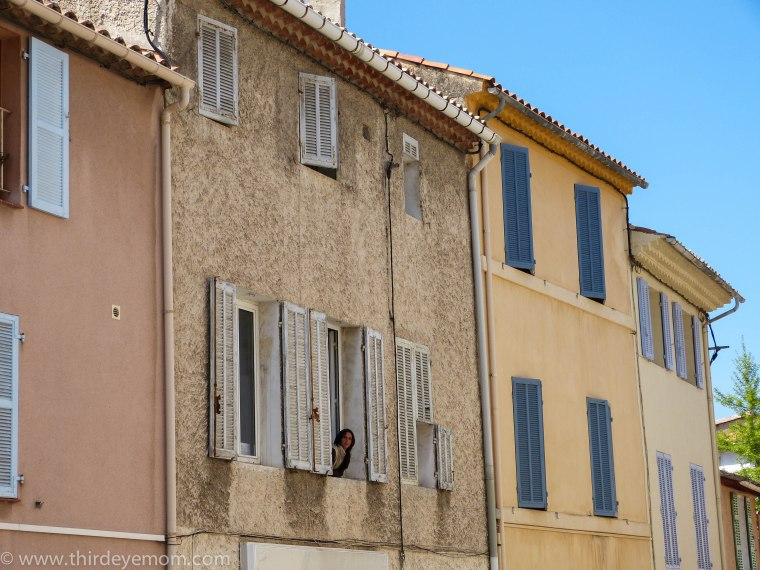 Windows of Cassis