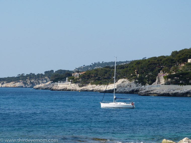 Sailboat in Cassis