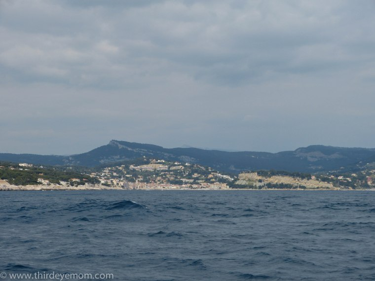 Leaving the Cassis Harbor
