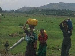 Women carrying water in rural Ethiopia