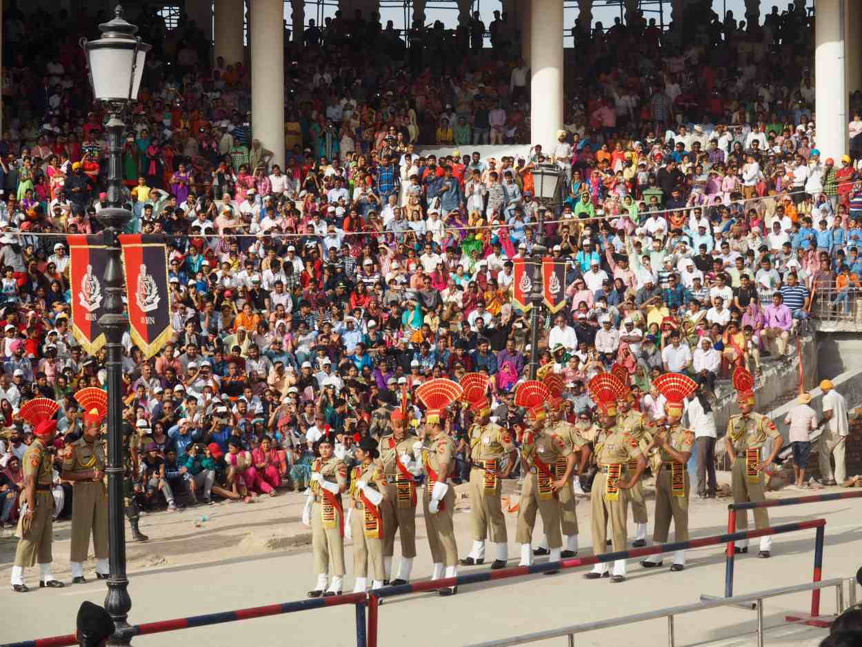 INDIA PAKISTAN WAGAH BORDER