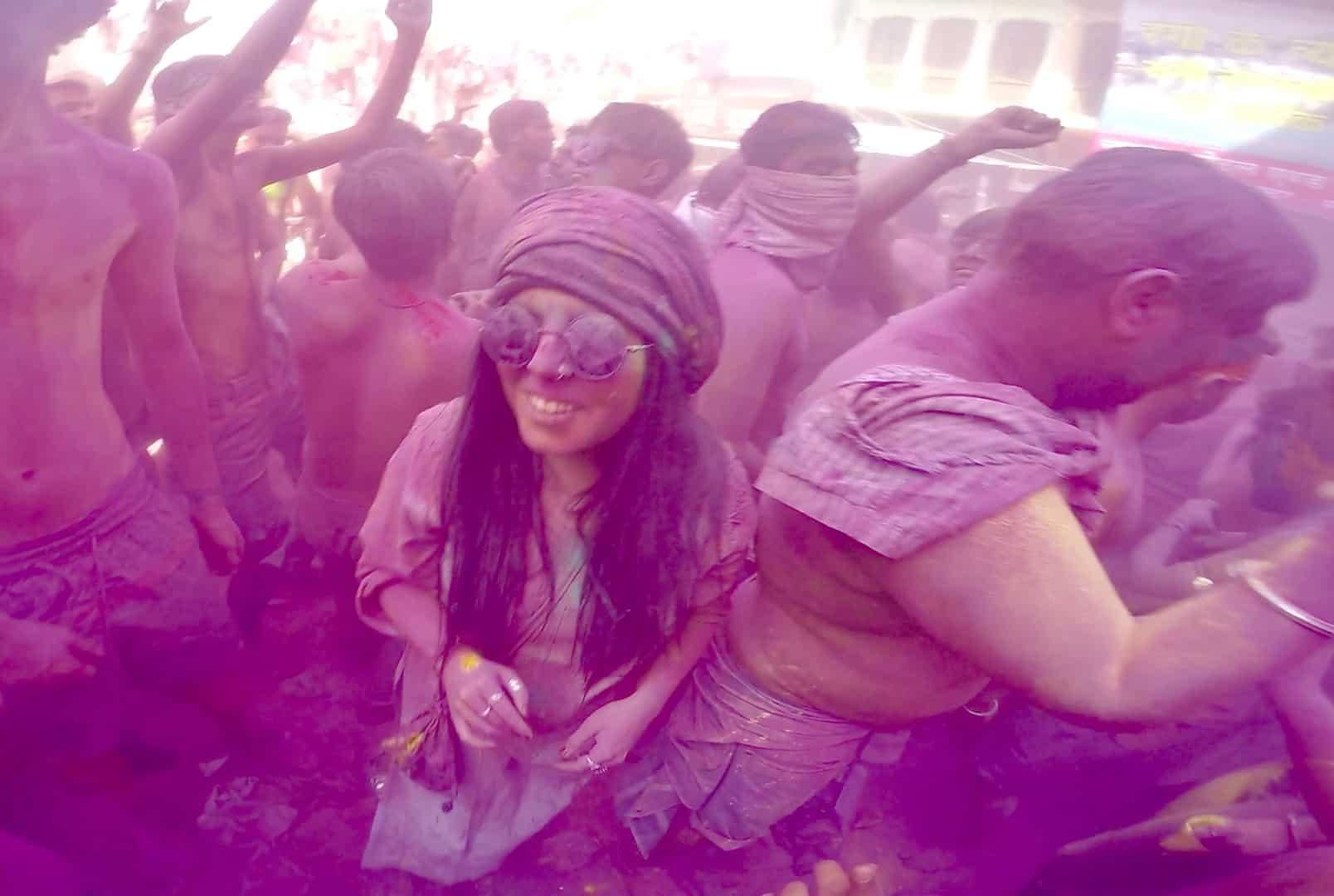 0f105ec1f7 15 HONEST FEMALE SAFETY TIPS FOR HOLI FESTIVAL IN INDIA - Third Eye ...