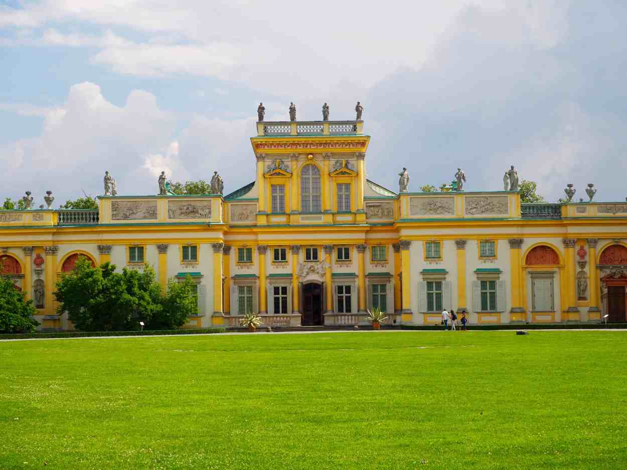 wilanow palace warsaw