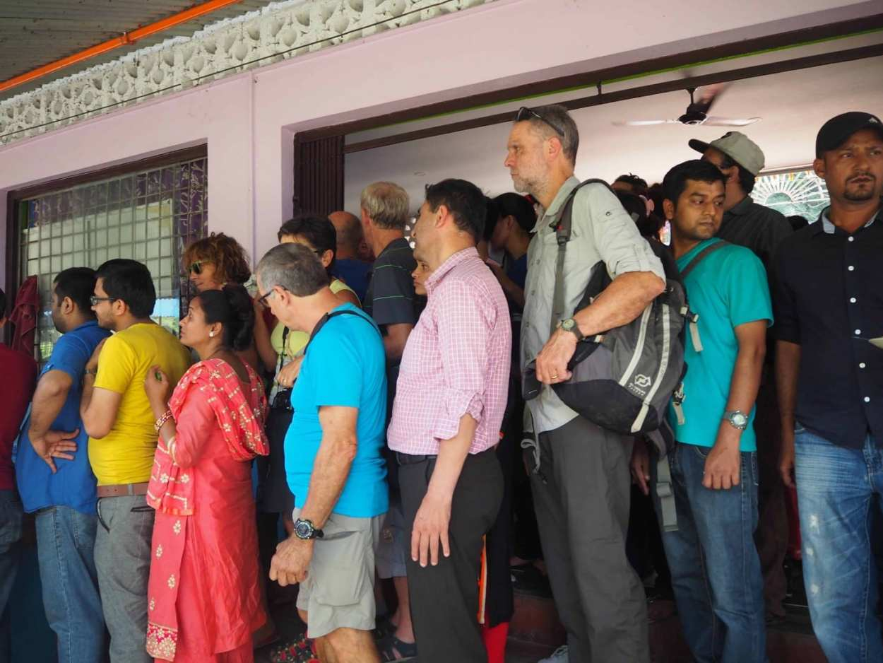 guide to bus travel in nepal