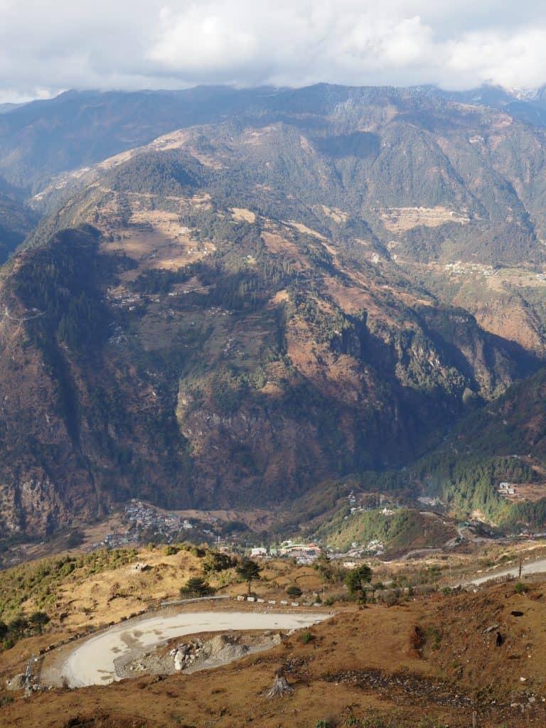 tawang road sela pass