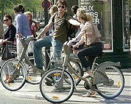Bike design- Velib bike share. Paris, France 2008. Photo by J.Becker, Third Wave Cycling Group.
