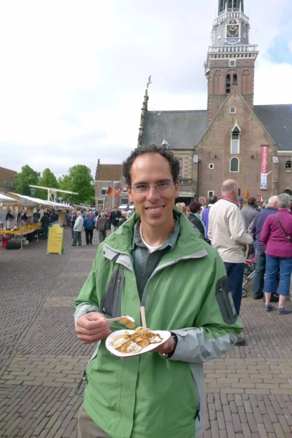 eating poffertjes in Alkmaar