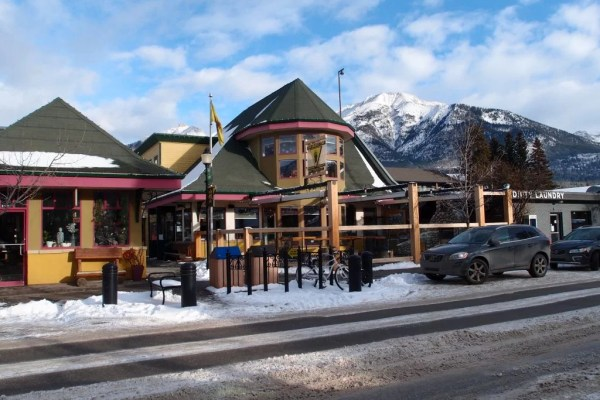 Grizzly Paw Brewing co. Canmore