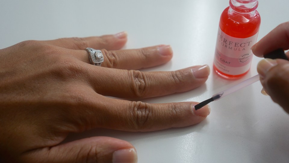 Strong Nails by Perfect Formula's Pink Gel Coat