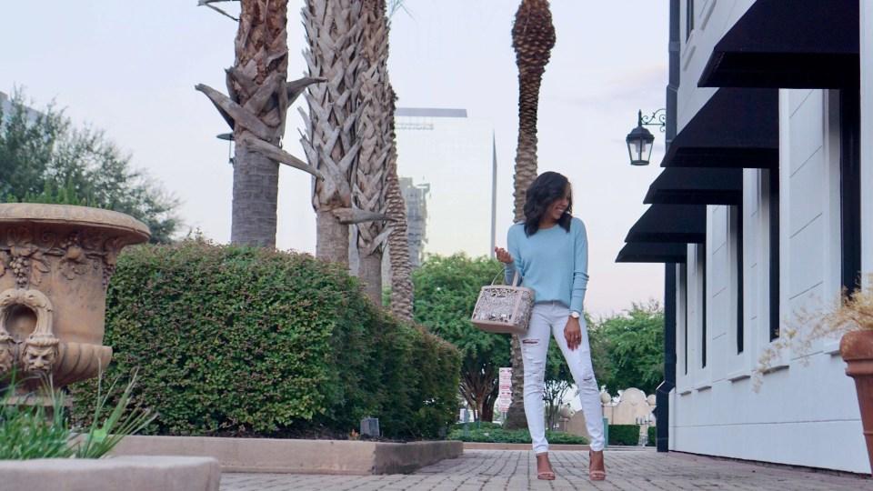 sweater, sweater weather, fashion styles, style inspiration, style, style, beauty & accessories, fashion, fashion style, fashion 2018, fashion, fashion random, fashionista, fashion & lifestyle, cardigan, fall fashion, fall style, seasonal style, tous, tous bag,