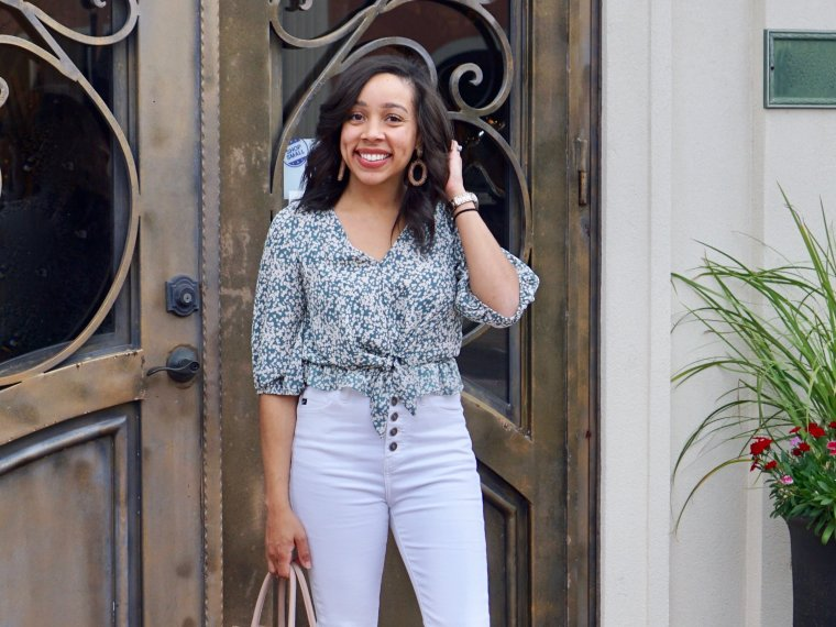 Trendy Thursday LinkUP + High Waisted White Skinny Jeans