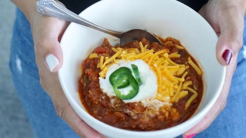 chili, easy recipe, under 45, dinner in 45, dinner ideas, comfort foods, vidalia onions chili, vidalia onions recipe