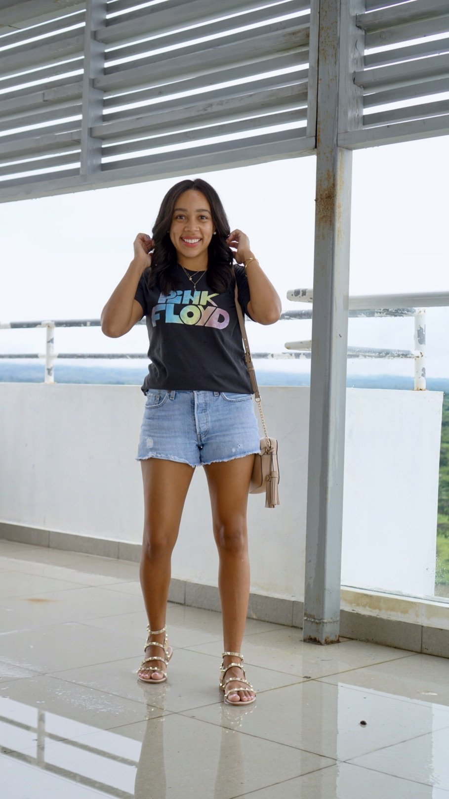 Trendy Thursday LinkUP + Where to Shop for Affordable Graphic Band Tees