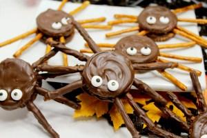 Halloween Cookies: Chocolate Peanut Butter Spiders
