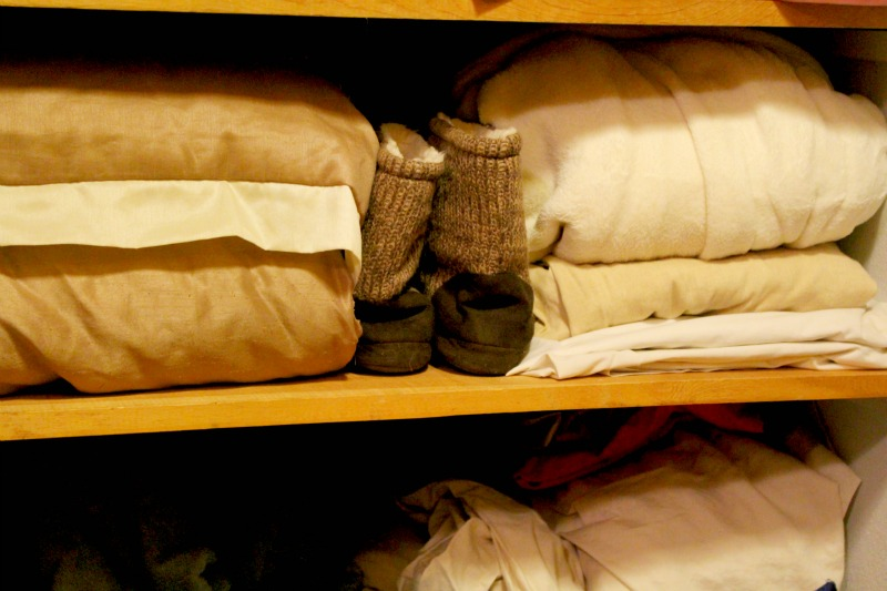 Organization tips for preparing for houseguests