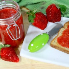 All-Natural 10 Minute Strawberry Jam