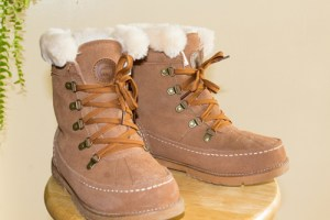 Boot Review from Lamo's Classic Collection, The Taylor