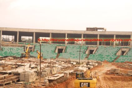 Higher-end seats being afixed on lower tier (Close up of hectic activity on West Side (13-Dec-2014)