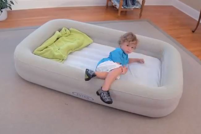 Shrunks Toddler Bed By Travel Inflatable Watchy