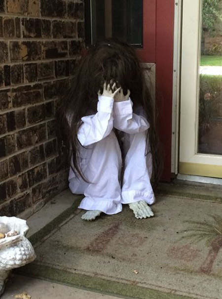 halloween-decoration-ideas This Blended Home of Mine - Cheap Halloween Decorations