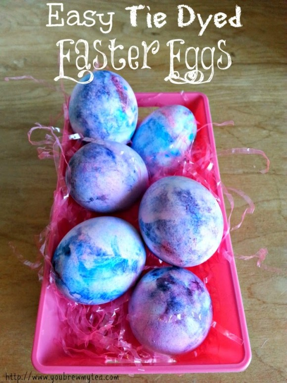 Easy DIY Easter Decorations - Easy Tie Dyed Easter Eggs