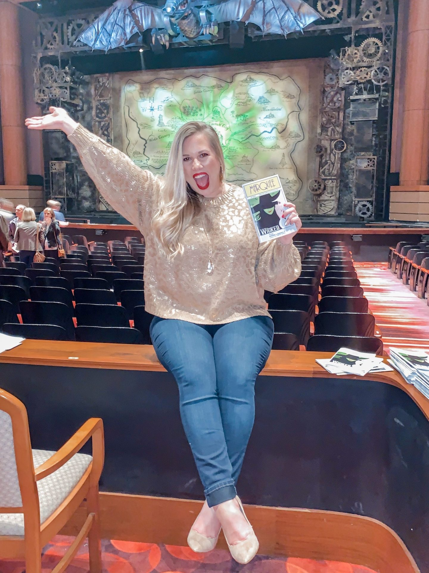 5 Reasons You NEED to see Wicked