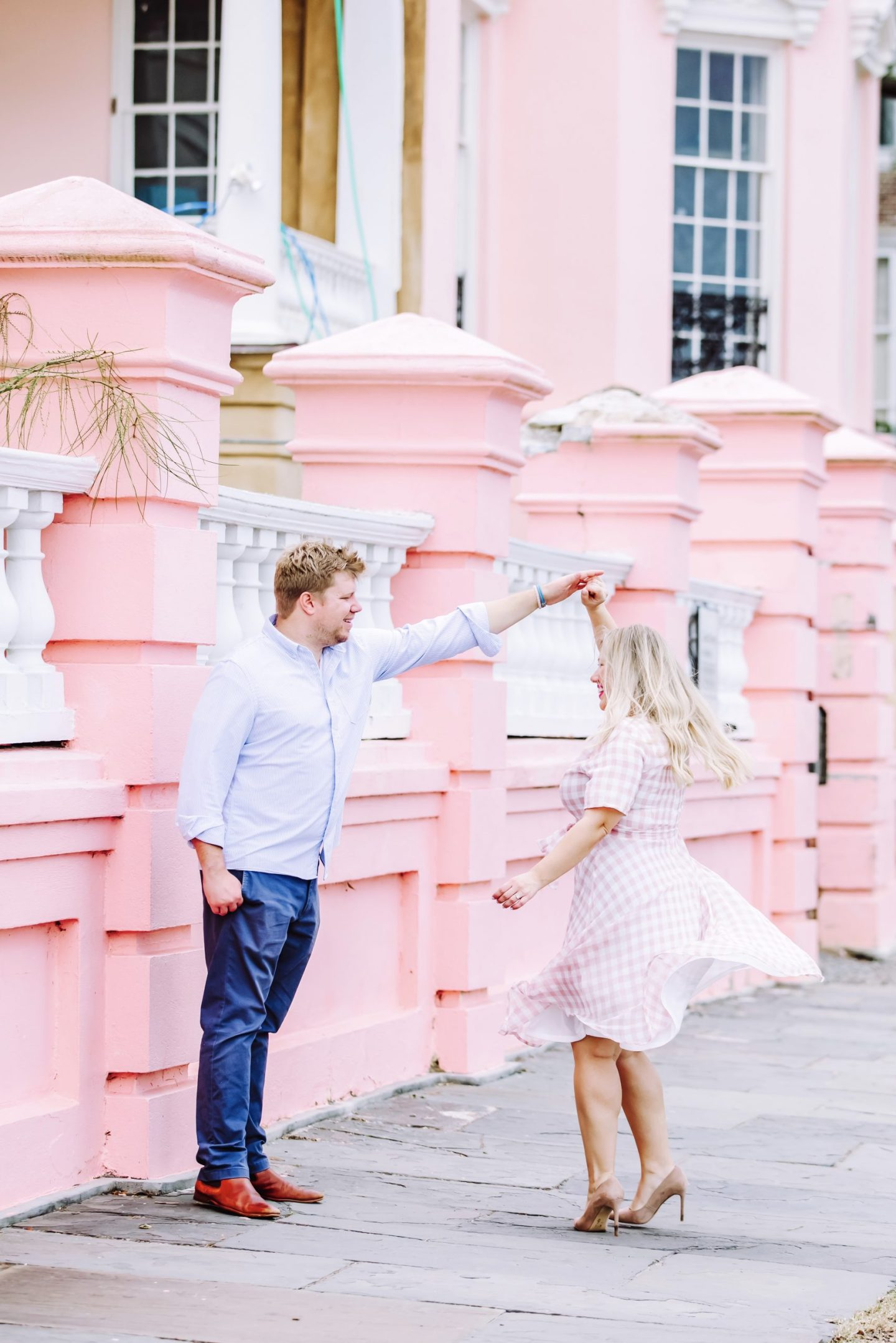 Spring Photo Shoot Outfit Ideas for Him and Her