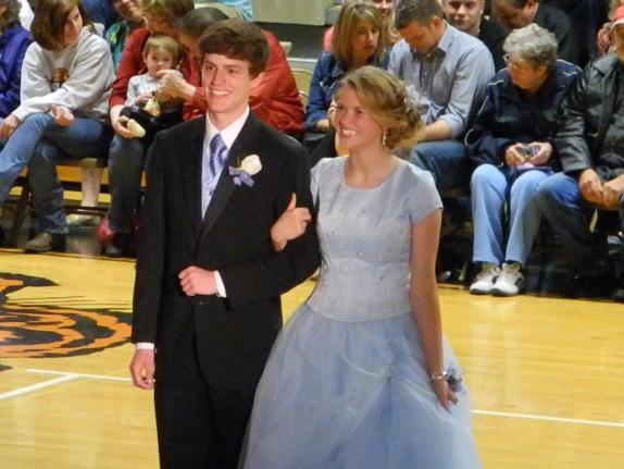 Makayla wearing the blue dress at prom