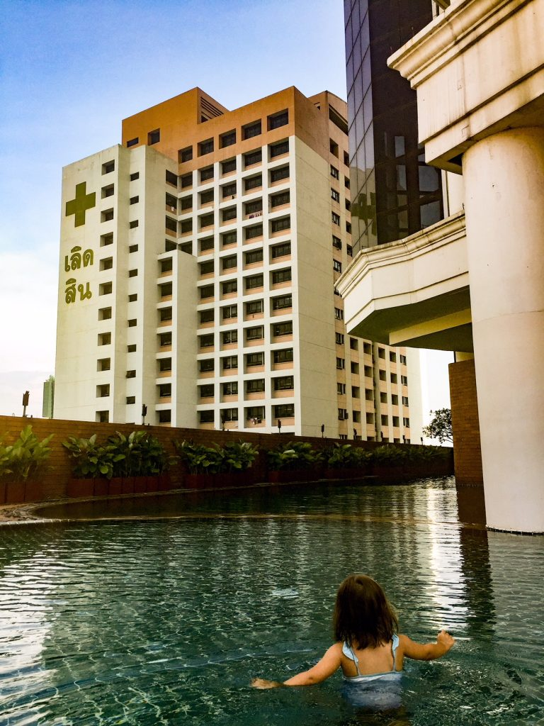 Lebua at state tower, Bangkok, pool, family-friendly places to stay thailand