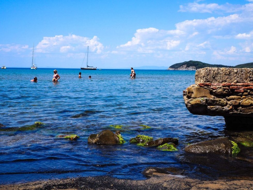 Spiaggia Baratti - 9 unmissable things to see near San Vincenzo, Tuscany with kids
