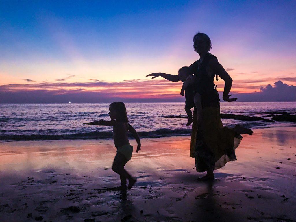 Beach silhouette - Koh Lanta Thailand