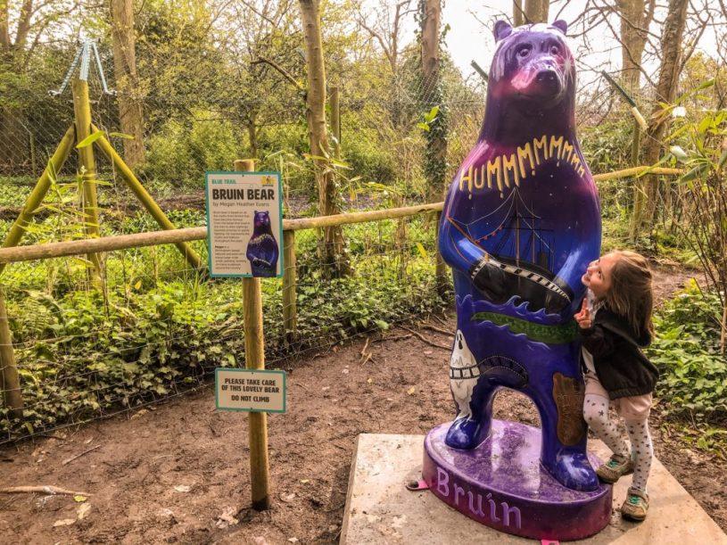 Wild Place Project Big Bear Sculpture Trail_bear wood