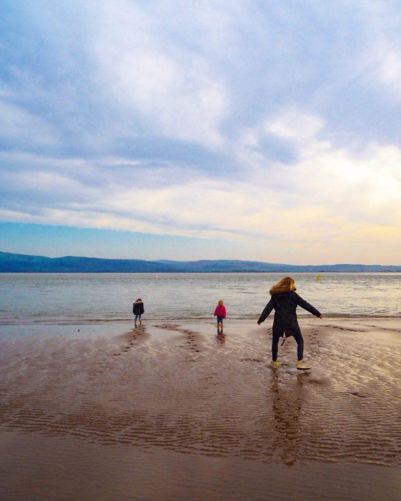Aberdyfi beach with kids