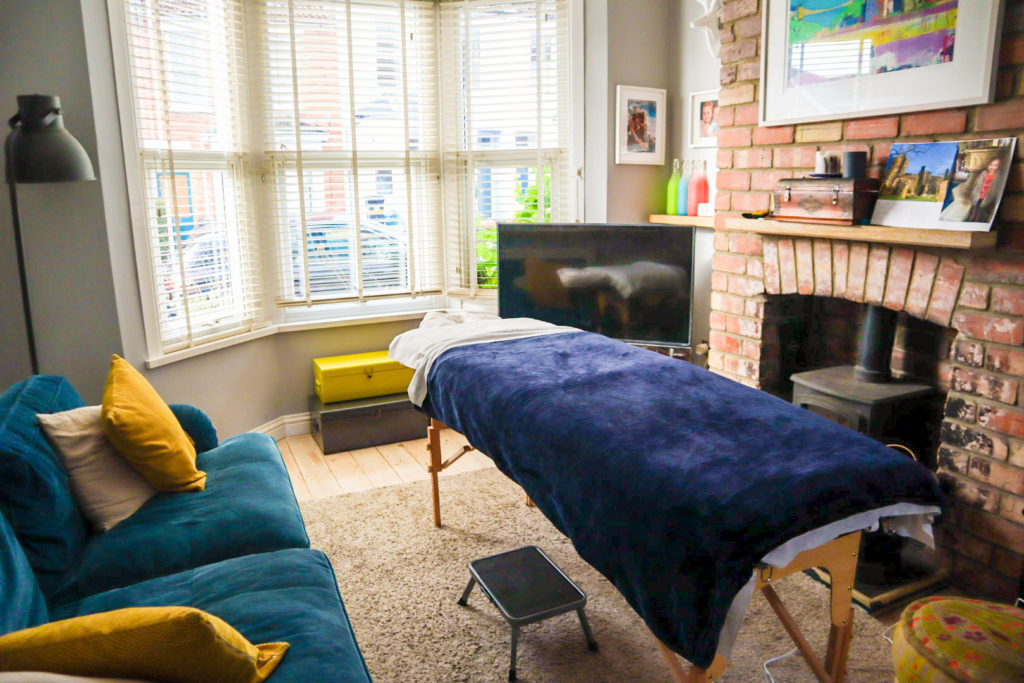 mobile massage therapist bristol - dos manos