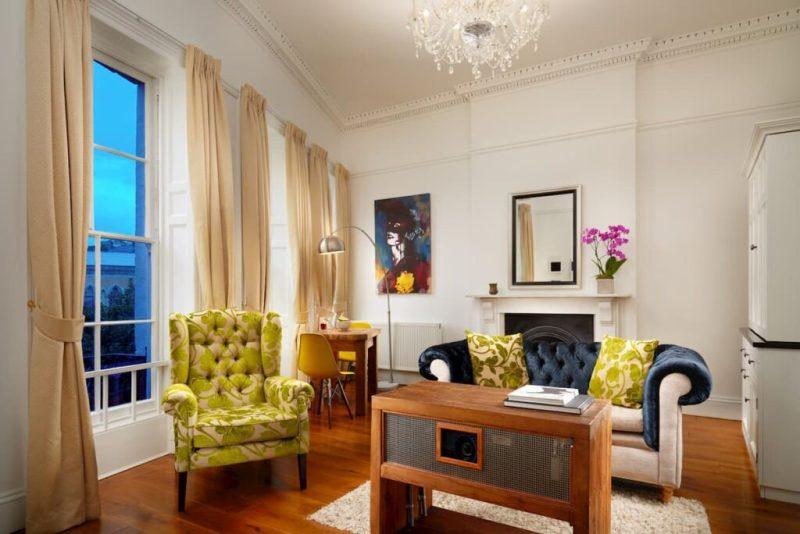 Berkeley suites bedroom