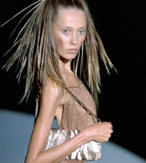 skinny-models-no-longer-wanted-on-the-catwalk-2