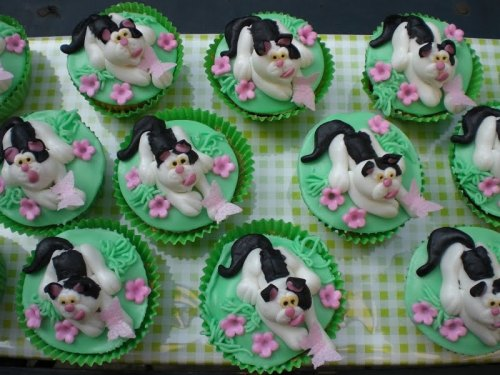 cat-cupcakes-butterfly