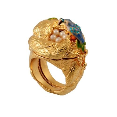 les-nereides-paris-jewelry-martin-pecheur-secret-ring-with-nest-2