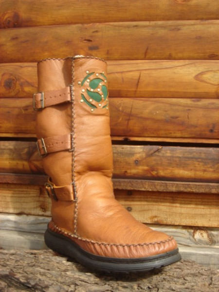 Boot with Celtic Cut-out