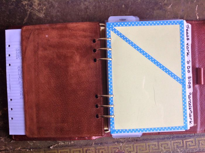 On the right I have a divider with a pocket made for me by Paula Gibbens. This holds receipts, bits of paper and notes until I have time to deal with them.