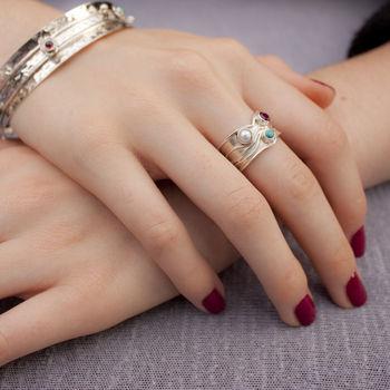 normal_triple-gemstone-silver-ring