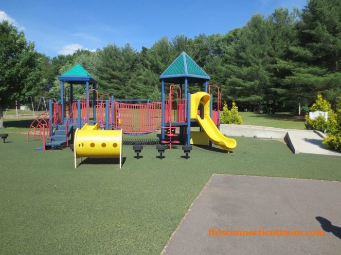 Bazin Bruce Park - Small Playscape