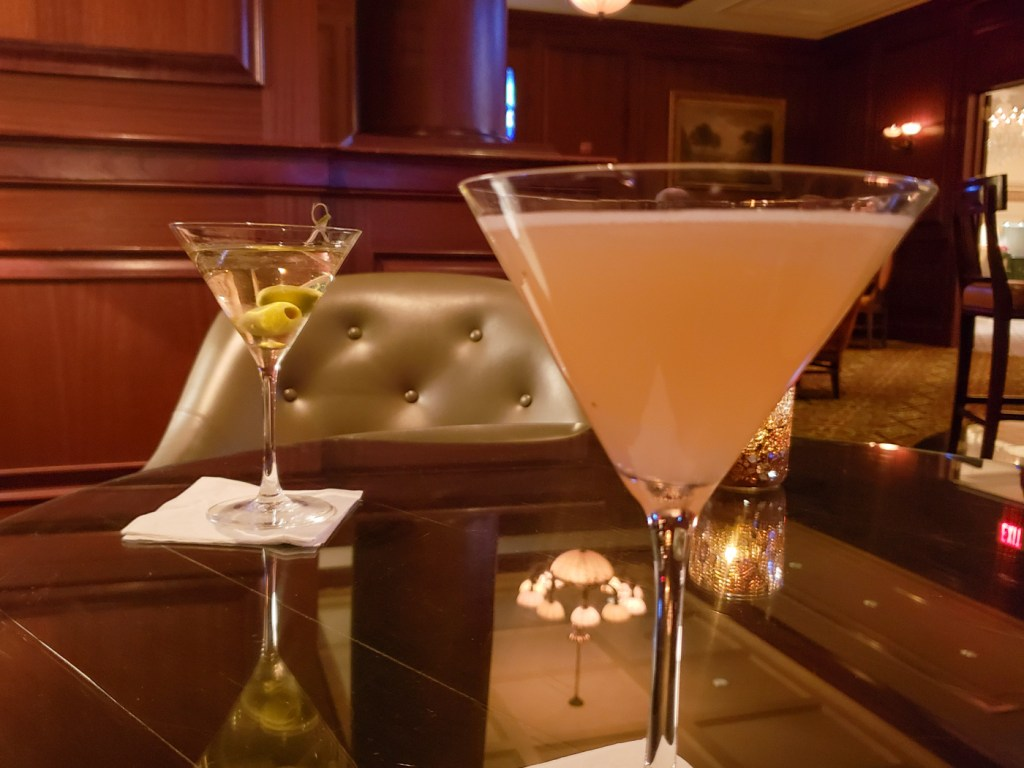 Drinks at the Marquee Bar and Lounge