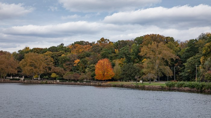 Autumn along the Schuylkill