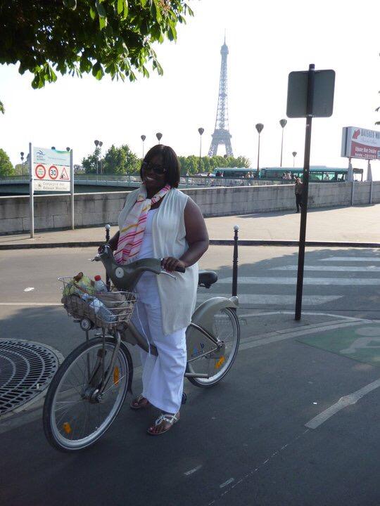 This Curvy Life and the Parisian Bike fail