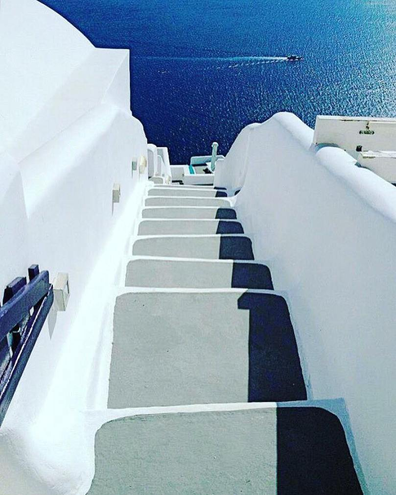 quick tips for your first trip to santorini | thisdarlingworld.com