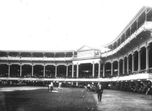 1908– At thePalace of the Fans, veteranJoe McGinnity, in relief ofRed Ameswho walks the first two batters, stops theReds, 5 – 1, beatingBob Ewing. Earlier in the day, the Reds turned downJohn McGraw's offer for McGinnity.