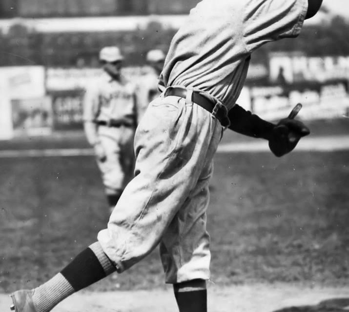 In Boston,Red SoxhurlerSea Lion Hallpitches a 7 – 1one-hitwin overCleveland.Elmer Koestner's single is the only hit.