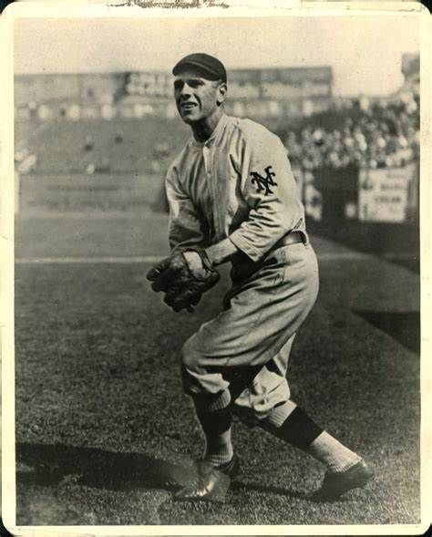 Boston Red Sox win the World Series, thanks in part to an error by New York Giants center fielder Fred Snodgrass